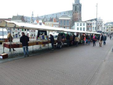 Gouda - comic book flea market