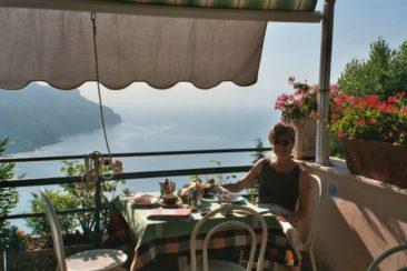 Charlene Edge in Ravello, Italy 2003